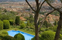 2 Bedroom Apartment in Florence to rent from £0 pw, with a shared indoor swimming pool. Also with jacuzzi, Sauna, balcony/terrace, Log fire, air con, Telephone, TV and DVD.