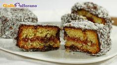 Lamingtons by giallozafferano Looks Yummy, Carne, Oreo, Banana Bread, Yummy Food, Yummy Recipes, French Toast, Almond, Muffin