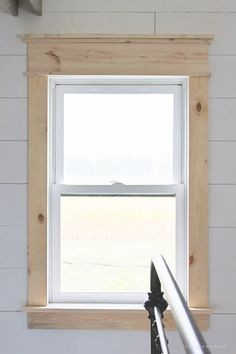 Window Trim Learn how to bulk up the trim around your windows for a beautiful farmhouse look! Such an easy and inexpensive upgrade! Farmhouse Trim, Farmhouse Windows, Farmhouse Decor, Farmhouse Style, Modern Farmhouse, Farm Style Kitchen Diy, Modern Rustic, Country Style, Rustic Windows