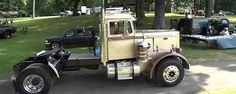 1961 Peterbilt 281 Show Truck - Watch the Video Custom Big Rigs, Show Trucks, Peterbilt Trucks, Classic Trucks, Old Trucks, Mafia, Buses, Badass, Thursday
