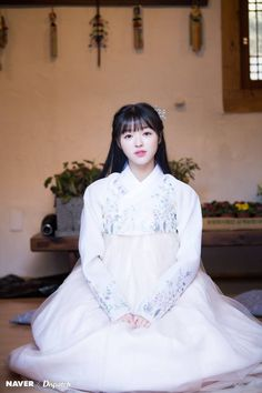 Photo album containing 20 pictures of YooA Oh My Girl Yooa, Arin Oh My Girl, Kpop Girl Groups, Kpop Girls, Rapper, Dance Like This, Girls Channel, Girls Twitter, Cute Korean