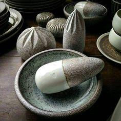 Mortar + Pestle, Lemon and Orange Squezeers and a couple of salt/pepper shakers … Available in our showroom!! . . . . . . #gayaceramic #gayacac #clayeverydamnday #eatclaylove #ceramics #ceramic #porcelain #lava #handmade #pottery #art #style...