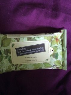 Herb da || lip and eye makeup remover wipes || 30 wipes Asking $3.00
