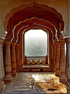 phoenix-dust:  Redfort (Mughal Fortress), Delhi.