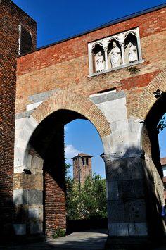 Pusterla di Sant'Ambrogio, Milano, Lombardia Italy