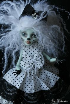 Monster high custom for commission by heliantas, via Flickr