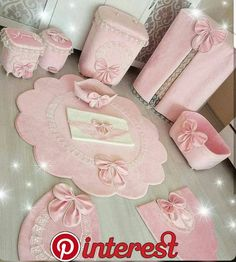 This Pin was discovered by Zey Korean floor cushion and pillo Pink Bathroom Accessories, Baby Accessories, Shabby Chic Pink, Shabby Chic Decor, Baby Crafts, Diy And Crafts, Sewing Hacks, Sewing Projects, Vs Pink