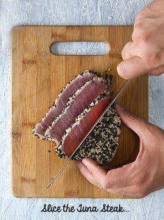 Black Sesame Seared Ahi Tuna Tacos ~ Yes, more please! Tuna Recipes, Seafood Recipes, Shellfish Recipes, Meatless Recipes, Seafood Delight Recipe, Tuna Tacos, Fish Tacos, Tuna Steaks, Recipes