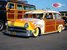 Woody with fire! Surf Rods, Woody Wagon, Car Wheels, Station Wagon, Mellow Yellow, Car Show, Custom Cars, Cars Motorcycles, Cool Cars