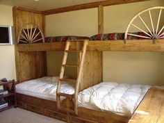 This bed rocks my socks! So cool! Would be so cool in a cabin!
