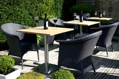 Modern Bistro table in hardwood and stainless steel. Perfect for a cafe feel in your garden. Outdoor Furniture Design, Garden Sofa, Garden Table, Garden Seating, Outdoor Dining, Dining Tables, Outdoor Decor, Outdoor Ideas
