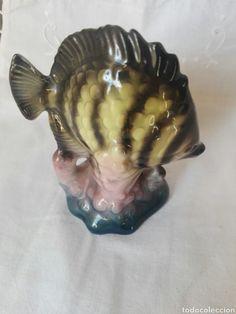 preciosa figura de pez en porcelana o ceramica - Comprar Porcelana y cerámica vintage en todocoleccion - 210358421 Artichoke, Fish, Pets, Animals, Glazed Ceramic, Tea Sets, Porcelain Ceramics, Artichokes, Animales