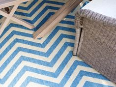 Chevron rug from Spring House >> http://www.hgtv.com/outdoor-rooms/13-ways-to-transform-an-outdoor-dining-room-for-spring/pictures/index.html