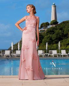 Uno de mis vestidos favoritos de Sonia Peña . Ref: 1160083