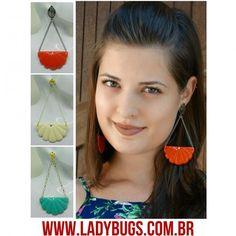 Brincos concha cheios de estilo!  Lindos e leves, feitos com resina de excelente qualidade! ❤www.ladybugs.com.br ou segue o link na bio  #acessóriosfemininos #acessóriosmasculinos #acessorios #bijuteria #bijuterias #bijoux #visitenossaloja #bijuteriaonline #exclusividade #novidades #trendalert #moda #tendencia #lojavirtual #lojaonline #look #caraguatatuba #jundiai #saopaulo #brasil #brinco #brincos #maxibrinco #maxibrincos #brincoconcha #concha #resina #acrílico #brincogrande
