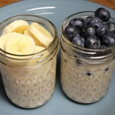 300 Calorie Breakfast - Overnight Oatmeal with Fruit Recipe 300 Calories. Low Calorie Meal Plans, 300 Calorie Meals, No Calorie Foods, Low Calorie Recipes, Healthy Cake Recipes, Fruit Recipes, Brunch Recipes, Cooking Recipes, Breakfast Recipes