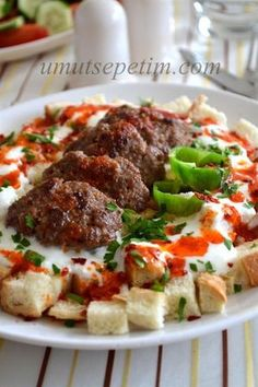 Bayat Ekmekli Köfte Kebabı Tarifi
