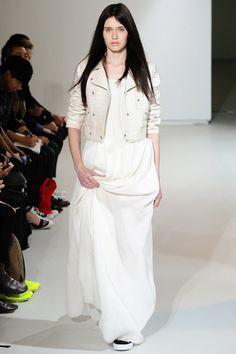 Yang Li SS14 / Spring 2014 / runway / cropped cream leather moto jacket