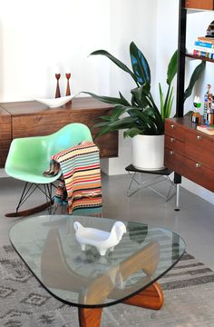 Find this Pin and more on Sitting Pretty Furniture Perth Sitting Pretty Furniture  Perth cassmar72 on Pinterest  Eames stoelen replica  Eames Dining Chairs Perth  4x Replica Eames PU Leather Dining  . Eames Saarinen Replica Organic Chair Perth. Home Design Ideas