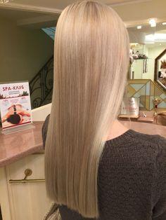 Color. Medvedev Nikita Blonde Hair Shades, Blonde Hair Looks, Ash Blonde Hair, Blonde Balayage, One Length Hair, Pinterest Hair, Silky Hair, Hair Highlights, Gorgeous Hair