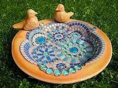 de) Tags: birds garden birdbath mosaic terracotta [L]bird bath -better get busy!love the idea of adding faux birdsde)~~If I ever am fortunate enough to have another bird bath in my yard, I want this one! Mosaic Birdbath, Mosaic Garden Art, Mosaic Art, Mosaic Glass, Stained Glass, Mosaic Crafts, Mosaic Projects, Mosaic Ideas, Diy Projects