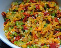 Cantinho Vegetariano: Recheio de Legumes para Pastel (vegana)