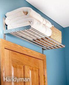 ideas for bathroom storage ideas diy space saving towel holders Diy Casa, Small Bathroom Storage, Small Bathrooms, Small Storage, Extra Storage, Kitchen Storage, Rack Design, Home Organization, Organizing Ideas