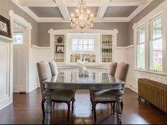 Beautiful ceiling, furniture and color of hardwood