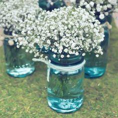Mosquitinho  potinho de vidro!  Dica simples e linda do @casandosemgrana  #papeleletra #noivas #dicasdecasamento #noiva #casando #casamento #diy by papeleletra