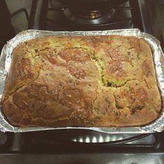 Mais uma delícia finalizada. A pedidos de uma cliente amiga, fizemos uma torta bauru. Fugimos da massa tradicional de tortas, geralmente massa podre, optando por uma massa macia e fofinha. Em breve mais novidades. #deliciasdavivi #tordelicia