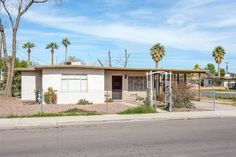 4 Bedroom Home for Sale in Mesa - Close to the Light Rail