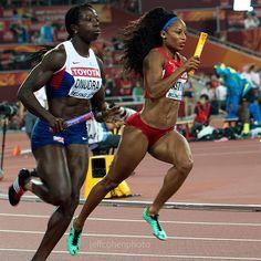#AnyikaOnuora #GBR  and #NatashaHastings #USA  4x400 meter relay...