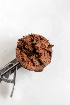 Vegan Chocolate Cold Brew Ice Cream (dairy free) The creamiest, richest, most delicious Vegan Chocolate Cold Brew Ice Cream ever! It's silky smooth, studded with dark chocolate and dairy free. Vegan Sweets, Vegan Desserts, Dessert Recipes, Healthy Ice Cream, Vegan Ice Cream, Vegan Chocolate, Chocolate Recipes, Chocolate Heaven, Dairy Free Recipes