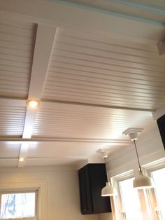 Covering up a textured ceiling or popcorn ceiling - love! Beadboard and MDF for trim! Ceiling Texture, Textured Ceiling, Wood Ceiling Panels, Plywood Ceiling, Wood Plank Ceiling, Drop Ceiling Tiles, Drop Down Ceiling, Ceiling Trim, Metal Ceiling