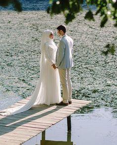 Aşkla tutulan ellerin hiç bırakılmaması temennisi ile...