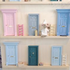 Puerta para el ratoncito Perez, casita ratoncito Pérez #ratoncitoperez #ratonperez #fairydoor #fairytooth #nursery #babydeco #babycool #babyroom #decokids #ouioui