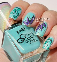 Abstract floral nail art on Chilly Breeze