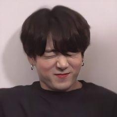 Jungkook Funny, Jungkook Abs, Foto Jungkook, Foto Bts, Bts Face, Jungkook Aesthetic, Bts Aesthetic Pictures, Bts Korea, Jung Kook