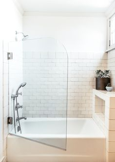 39 Creative Small Bathroom Glass Shower Design Ideas That Will Make More Enjoyable When Take Bath - Nowadays the life is running faster than ever, when everybody are in hurry to complete their daily duties. After a hard day at work you certainly are . Bathtub Shower Combo, Bathroom Tub Shower, Glass Shower Doors, Glass Doors, Dyi Bathroom, Open Bathroom, Concrete Bathroom, Shower Tiles, Bathroom Cleaning