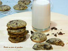 Cookies, biscotti americani al cioccolato