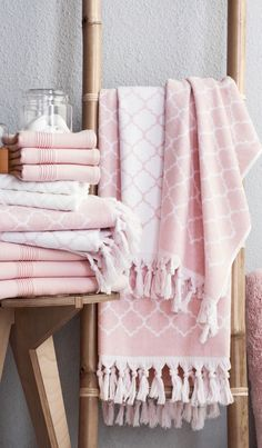 Love These Tel Trimmed Towels Decadent Update Your Bathroom With Soft Plush Rugs And Shower Curtains For Spa Like Everyday Luxury