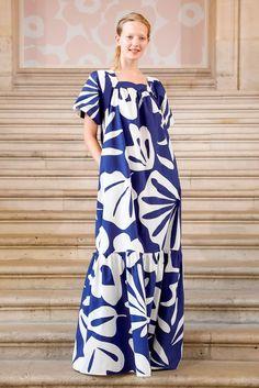 2000s Fashion, Live Fashion, Runway Fashion, Fashion Black, Latest Fashion, Marimekko Dress, Scandinavian Fashion, Dress Alterations, Maxi Robes