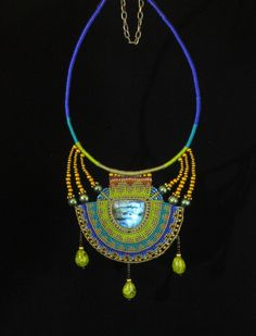 Aztec necklace | JewelryLessons.com