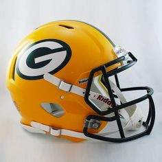 Great for autographs and memorabilia collectors, the Riddell NFL Authentic Speed Full Size Football Helmet is a must-have for pro football fans. Clad in official team colors and decals plus equipped with face mask, padding and chin strap. Green Bay Packers Helmet, Green Packers, Nfl Green Bay, Packers Football, Football Fans, Football Helmets, School Football, Football Players, 32 Nfl Teams
