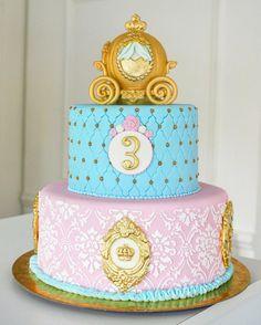 Cinderella Cake Instagram de @delicatessepostres • 181 Me gusta Cake Art, Fondant, Cinderella, Birthday Cake, Instagram Posts, Desserts, Cakes, Food, Cha Cha