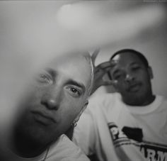 """Paul Chan """"OFF SAFETY"""" @ Slow Culture Gallery featuring Photos of Cam'ron, Dr. Dre, Snoop Dogg, Ghostface and More: Coming up this weekend is the opening of Paul Chan's """"OFF SAFETY"""" photo exhibition at Slow Culture The Real Slim Shady, Eminem Dr Dre, Eminem Smiling, Eminem Slim Shady Lp, Eminem Wallpapers, Eminem Lyrics, Rapper, Arte Hip Hop, Eminem Photos"""