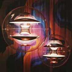Verner Panton VP Globe Large Round Transparent Pendant Lamp | Stardust