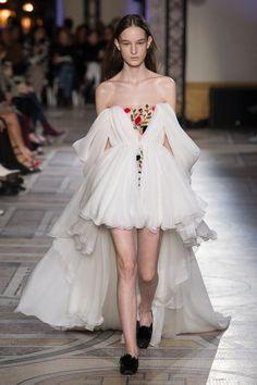 Giambattista Valli | Haute Couture - Spring 2018 | Look 20