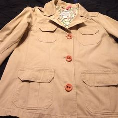 Old Navy khaki blazer Good condition minor stain below the button barely noticeable other than that the condition is fine Old Navy Jackets & Coats Blazers