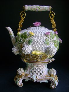19th Century Meissen Schneeballen Teapot TEA Kettle ON Stand
